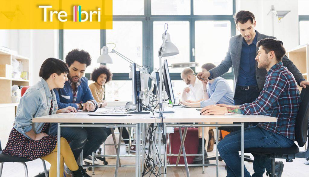 Questa immagine mostra il team di una startup al lavoro